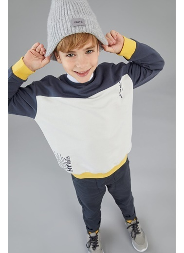 DeFacto Erkek Çocuk Oversize Renk Bloklu Organik Pamuklu Sweatshirt Ekru
